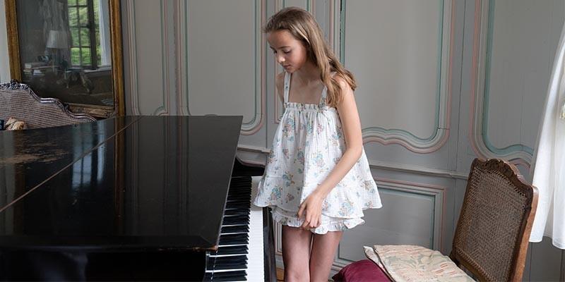 Vetements et chemises de nuits en coton bio pour enfants