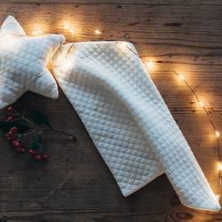 La boutique de Noël est en ligne! En plus de la jolie capsule réalisée en collaboration avec @astrid.lecornu , découvrez plein de jolis cadeaux et accessoires en coton bio!  . . Our Christmas boutique is online! You already know about our collaboration with the French haute couture embroider artist @astrid.lecornu , but there are lots of cute gifts in organic cotton! . .  Photo by @cecilemoli  𝐫𝐢𝐬𝐮 𝐫𝐢𝐬𝐮 𝐑𝐚𝐜𝐢𝐧𝐞𝐬 𝐚𝐮𝐭𝐨𝐦𝐧𝐞 𝐡𝐢𝐯𝐞𝐫 20-21  #risurisu #AW2021 #automnehiver2021 #newcollection #racines #roots #kidsfashion #organiccotton #gotscertified #certifiegots #slowfashion #sustainability #childhood  #comfort #newcolors #takecareofourplanet #organicdye #madeineurope #ethicalfashion #circuitcourt  #teintureecologique #organickidsclothing